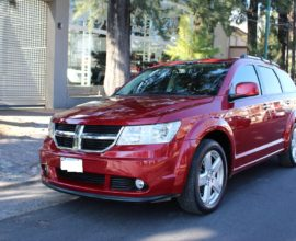 DODGE JOURNEY 2.7 RT V6 3 FILAS DE ASIENTOS DOBLE DVD TECHO ELECTRICO