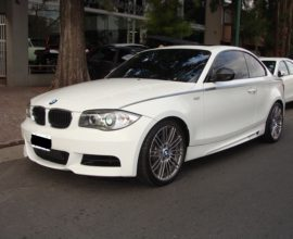 BMW 135i HIGH PERFORMANCE 306CV AUTOMATICA CON LEVAS Y MONITOR